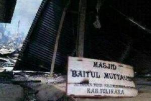 masjid-baitul-muttaqin-dibakar